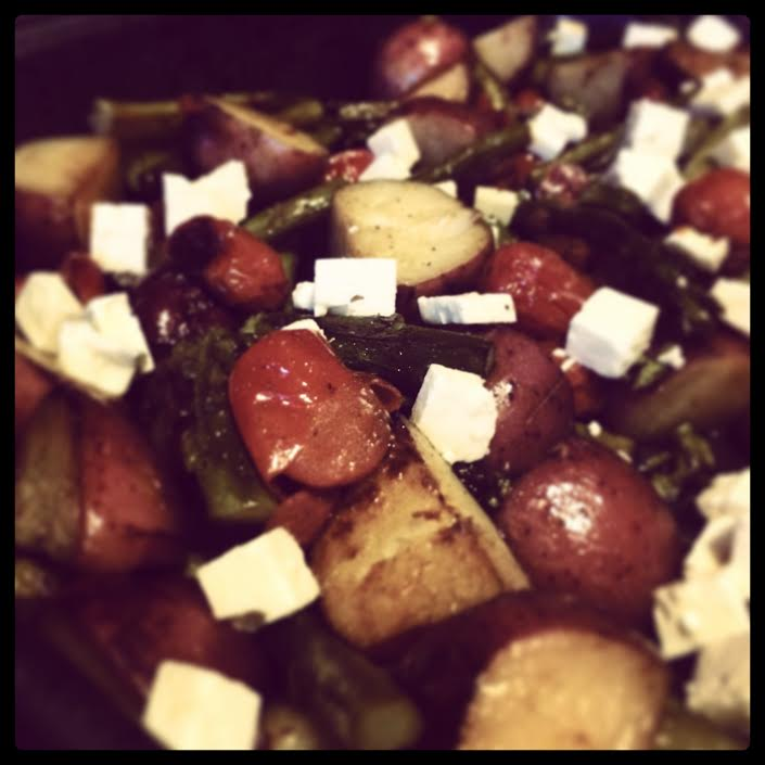 Asparagus with Potato,Tomato and Feta Cheese (can be vegan)