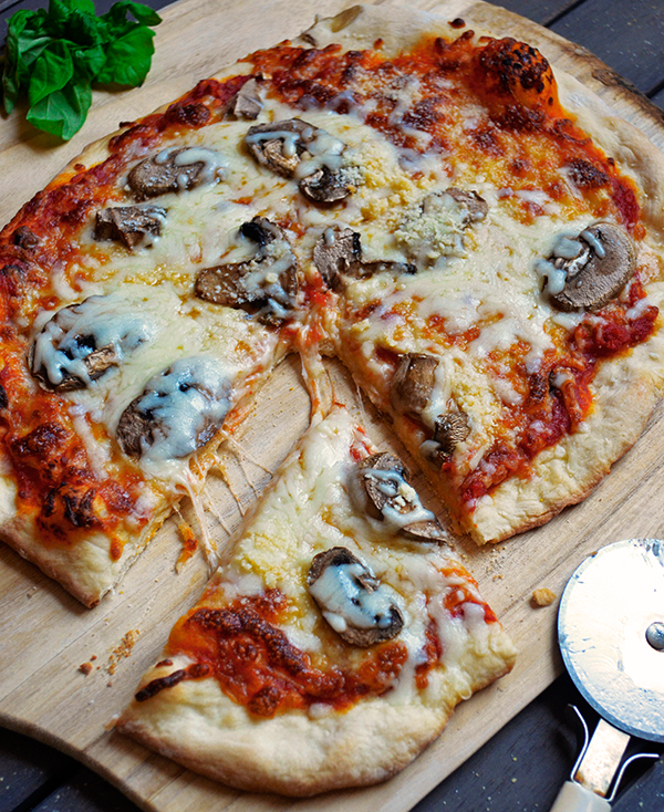 Mushroom Pizza from Scratch