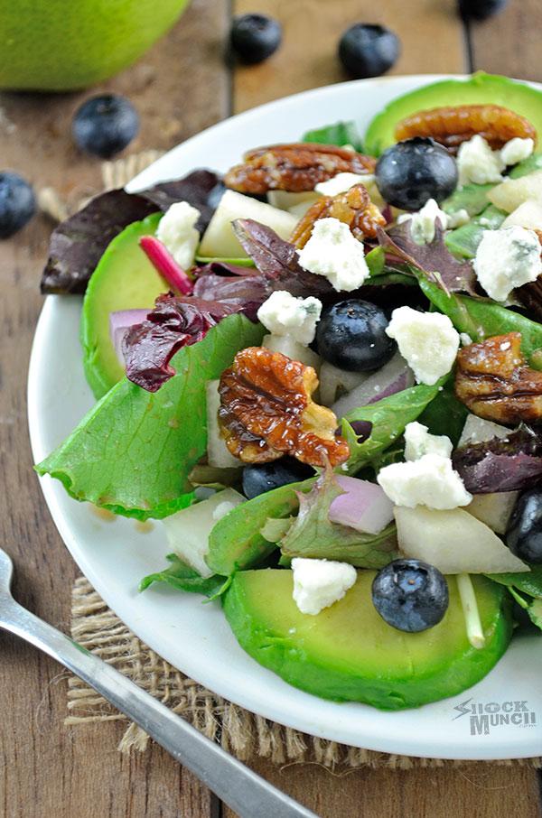 Pear and Gorgonzola Salad