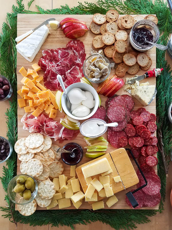 The Perfect Holiday Cheese Board