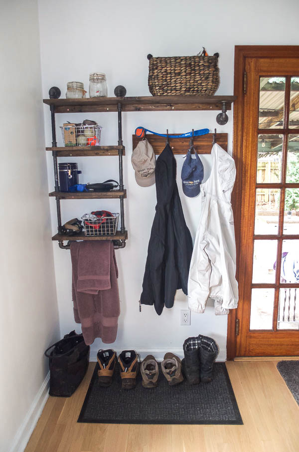 DIY Galvanized Pipe Mudroom