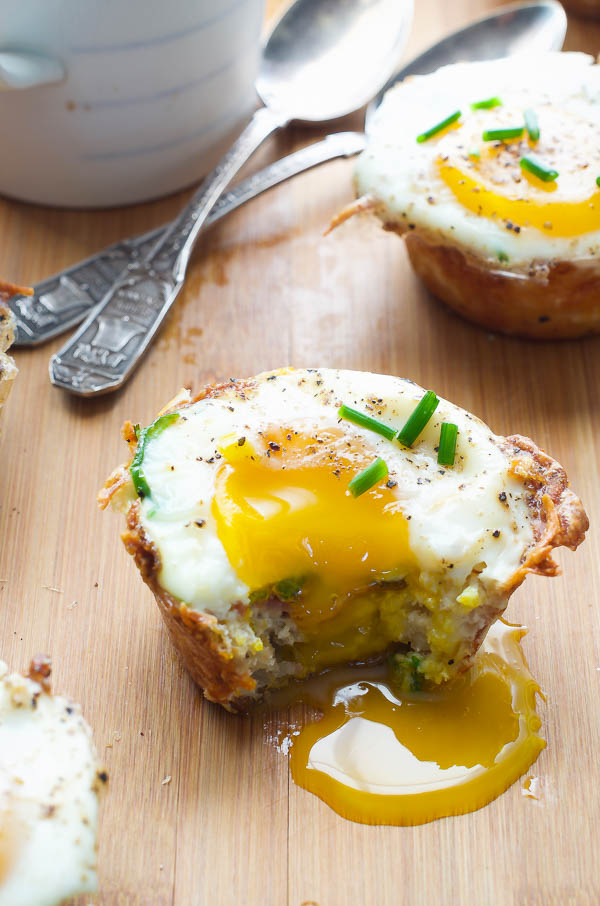 Baked Eggs, Bacon, and Hash Brown Bites