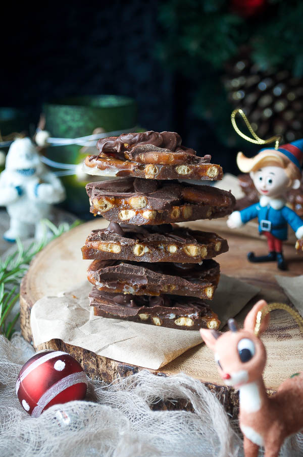 Addictive Buttered Rum Pretzel Bark